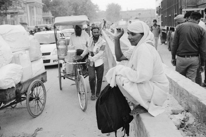 india, woman, street photography, avvrtti,