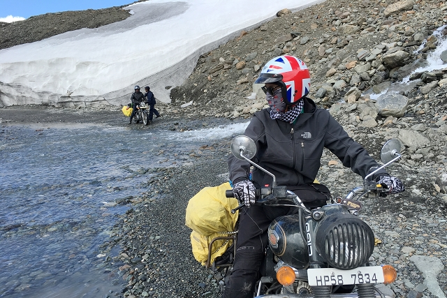sarchu, royal enfield, stream crossing, road trip, motorcycle