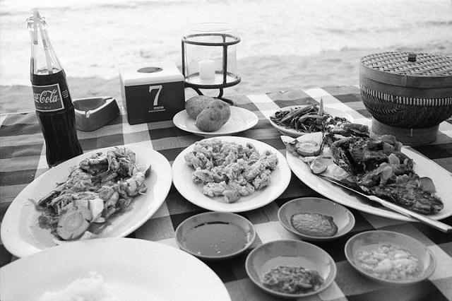 jimbaran, seafood, dining, bali, travel blog, travel review,