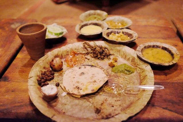 leaf plate, choki dhani, jaipur,