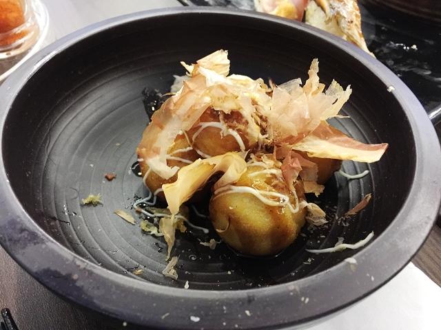 isuramuya, halal japanese restaurant singapore, takoyaki balls, octopus balls,