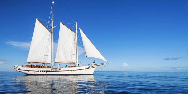 raja laut, yacht, singapore yacht show, one degree 15 marina, sentosa cove,