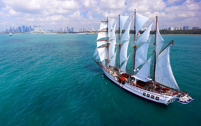 royal albatross, singapore, sunset sail,