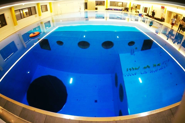 divecube hotel, taichung, taiwan, deep diving pool hotel