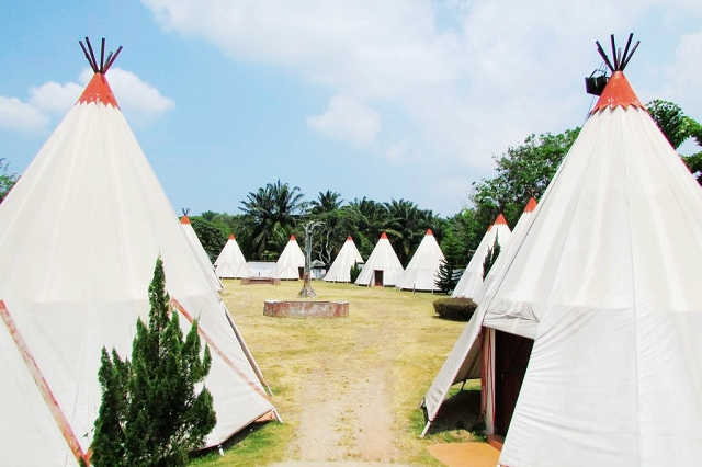 eagle ranch resort, tepee, cowboy land, malaysia, travels, wanderlust