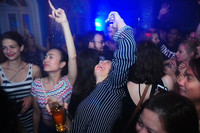 event photography singapore, party photography singapore, nightlife, events, blu jaz, the fever,