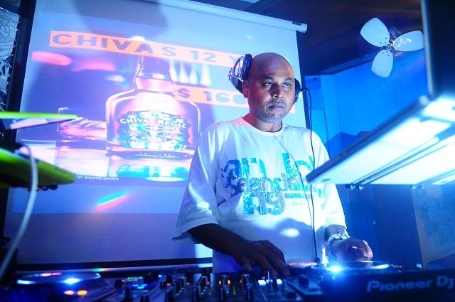 event photography singapore, the fever rnb hip hop party singapore, blu jaz, singapore party photographer, DJ GRAVITY, Singapore