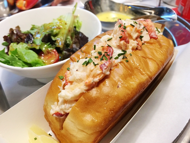 pince and pints, katong, singapore, eats, lobster roll