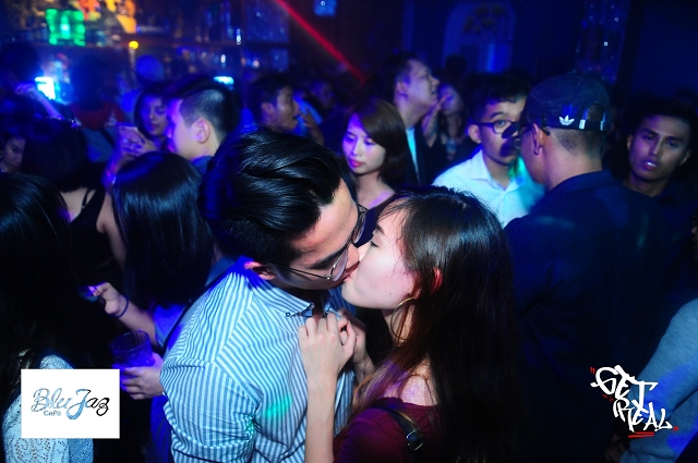 nightlife photography singapore, flashpixs photography, events, parties, countdown party singapore photographer,