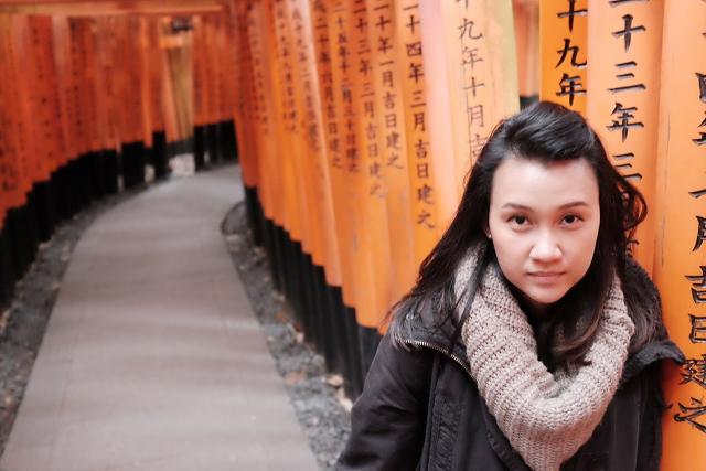 Fushimi Inari Shrine, Japan Holidaymakers, japan travel spots, kyoto shrines, kyoto orange shrine,